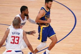 Steve Curry's ankle injury is not thought to be serious, says Steve Kerr